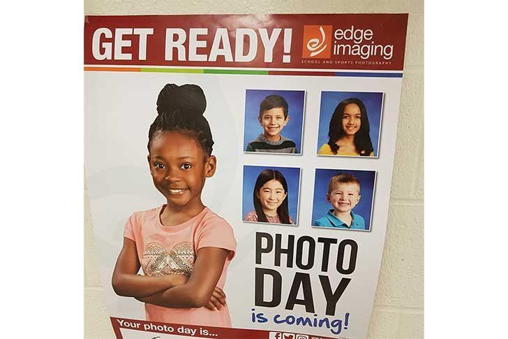 スクール写真の日の宣伝ポスター